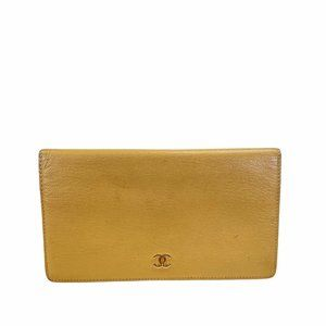 Chanel Long Wallet Beiges Leather 106186E